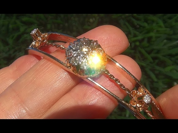 Estate Certified SI1F Natural Diamond Solid 14k Yellow Gold Vintage Bangle Bracelet - C675