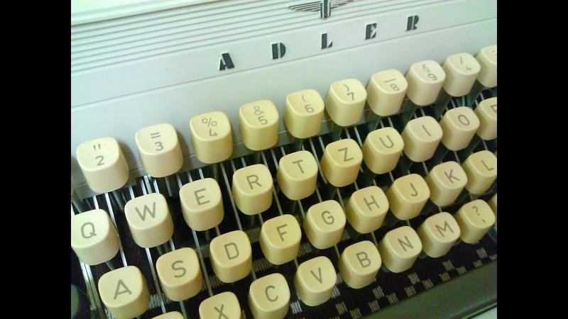 ADLER Gabriele 10 typewriter Schreibmaschine