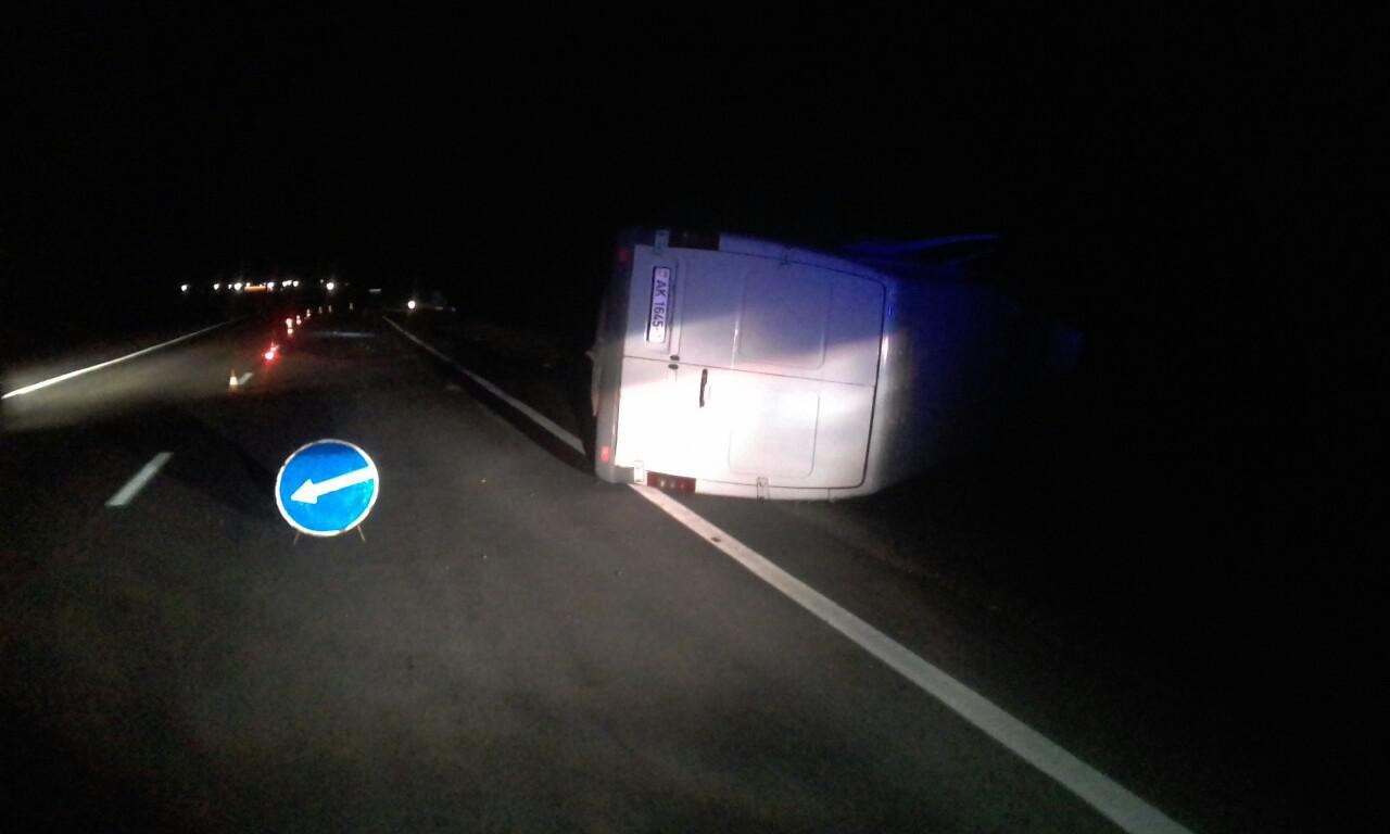 На трассе М-10 произошло ДТП - водитель уснул и выехал на встречку