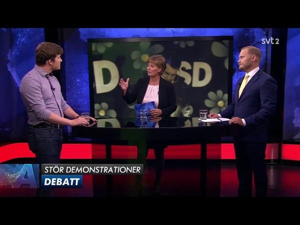 Ung Vänster stör ut SD's torgmöten - Debatt mellan Henrik Malmrot (V) och Henrik Vinge (SD)