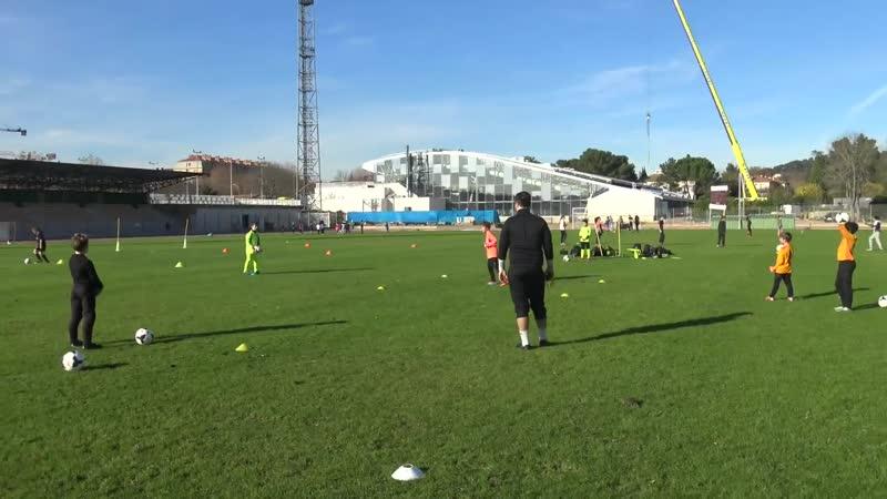 Football entrainement et exercices gardien de but u10 et u11 au PAFC avec Medhi Armando