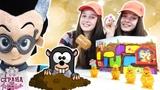 Страна девчонок РОМЕО (ГЕРОИ В МАСКАХ), СОНЯ и ПОЛИНА играют в настольную игру ВЕСЕЛЫЕ КРОТЫ!