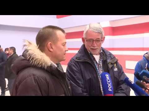 Генеральный секретарь МДИ осмотрел бассейн на улице Камышлинской