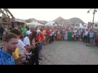 Массовый сображ бокалом! Закрытие фестиваля In Vino Veritas, Koktebel!