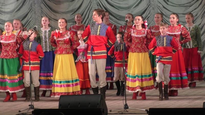 Топотуха танец уральская топотуха в День искусств 2018 в Екатеринбурге