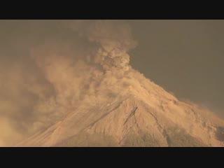 В Гватемале опять проснулся вулкан Фуэго