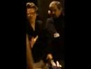 Harry leaving leon bridges' concert tonight in buenos aires.