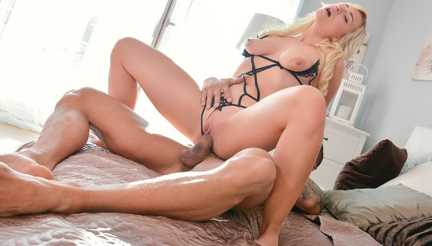 Orgasms.xxx - Blonde fucks in lingerie and heels