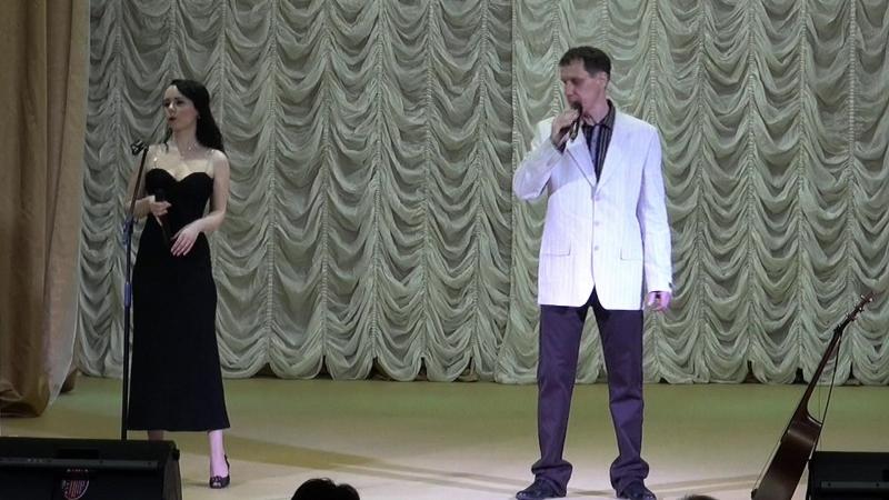 Далеко - Альберт Алексахин и Юлия Филина (концерт в Новой Ладоге)