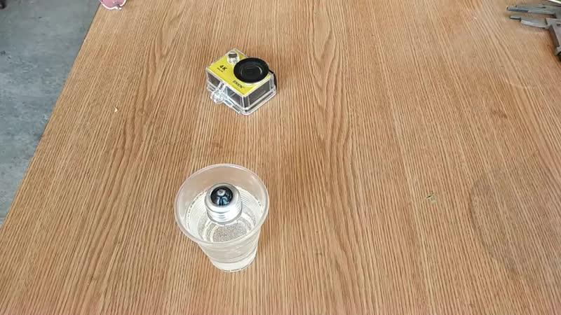 [ARS Pro] Залил в лампу накаливания эпоксидку. Ба-бах Эксперимент. Incandescent lamp in epoxy resin.