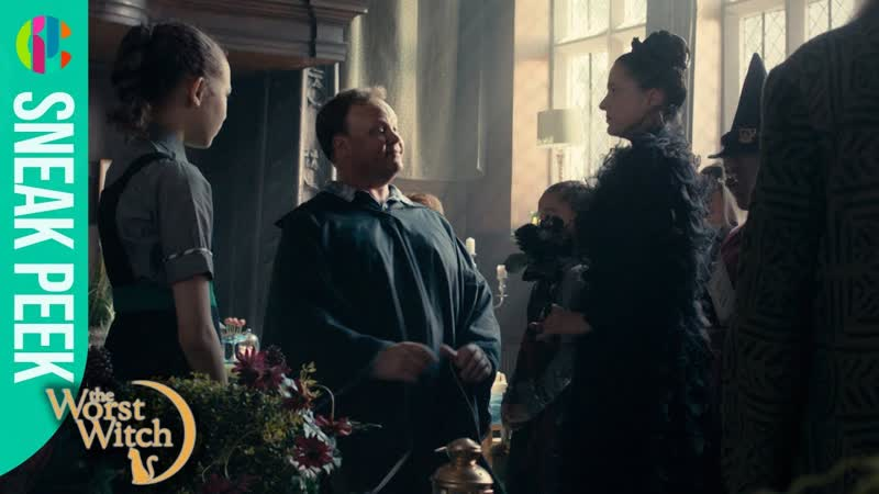 The Worst Witch - Series 3 Episode 12 - Someone special visits Crackles academy!