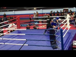 Тайский бокс набережные челны синий угол победа! ! !  Павлов Миша