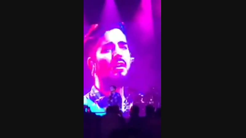 Adam Lambert - Stay (live on a private event, Manila, 09.12.2018)