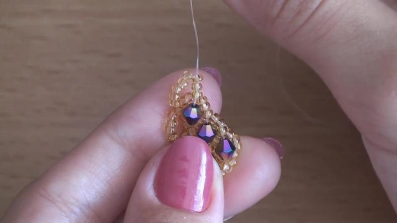 МК Серьги ромбы из бисера и биконусов Earrings from beads and bicone