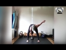 СИЛЬНЫЕ и ГИБКИЕ Девушки НЕ ЖИВУТ в Зоне комфорта - женский фитнес мотивация