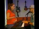 Вот как можно зажигать во время беременности!