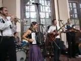 The_Freak_Fandango_Orchestra_-_Requiem_for_a_fish_Santa_alegr_a_Eur.mp4