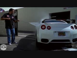Правильная мойка автомобиля в два ведра - Nissan GTR