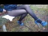 Школьница задрала юбку и показала ножки в колготках (Ножки, Фетиш, Фут, Foot, Fetish, Чулки, Legs, Секси)