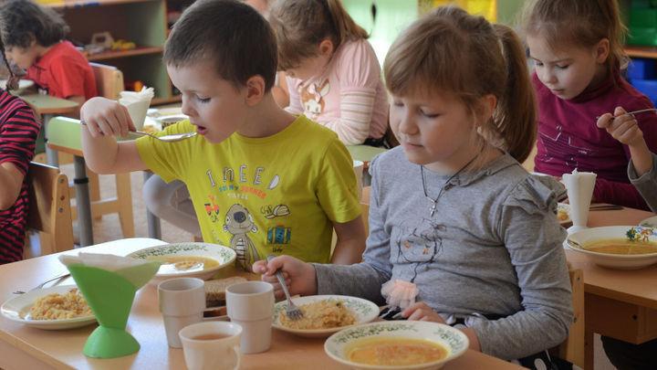 В оздоровительных лагерях Зеленчукского района детей кормили продуктами с нитратами