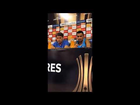 Depoimento emocionante de Cícero e Renato sobre a Venezuela