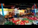 Вот такой Крым наш. Торговка на рынке кроет матом покупателя