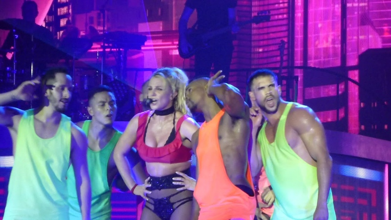 Britney Spears - Do You Wanna Come Over (Live) Piece Of Me Tour Manchester Arena 180818
