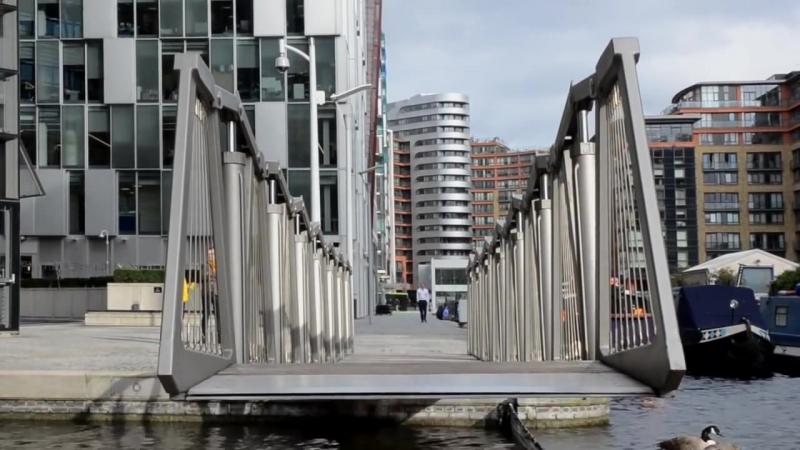Curling bridge
