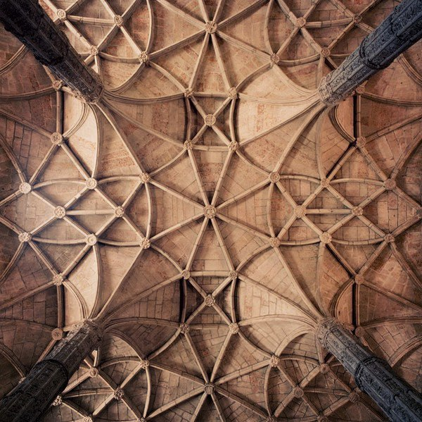 Breathtaking Photos of Gothic Cathedral Vaults