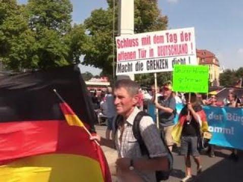 Немцы митингуют против показной толерантности - Вести 24
