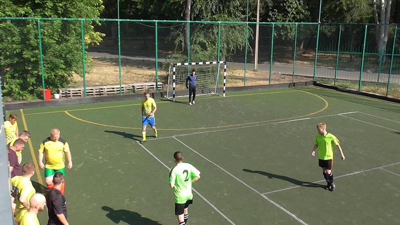 Кубок МФЛ по мини-футболу Форс Мажоры - Альтеза-Авто