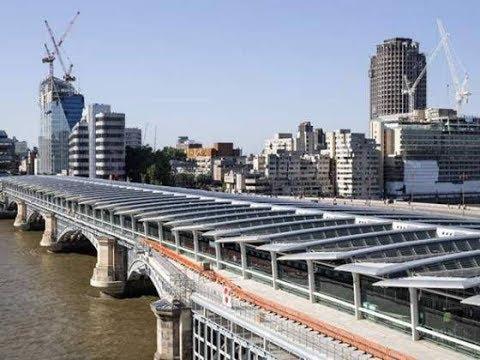 Finalização da maior ponte solar do mundo na estação Blackfriars Londres