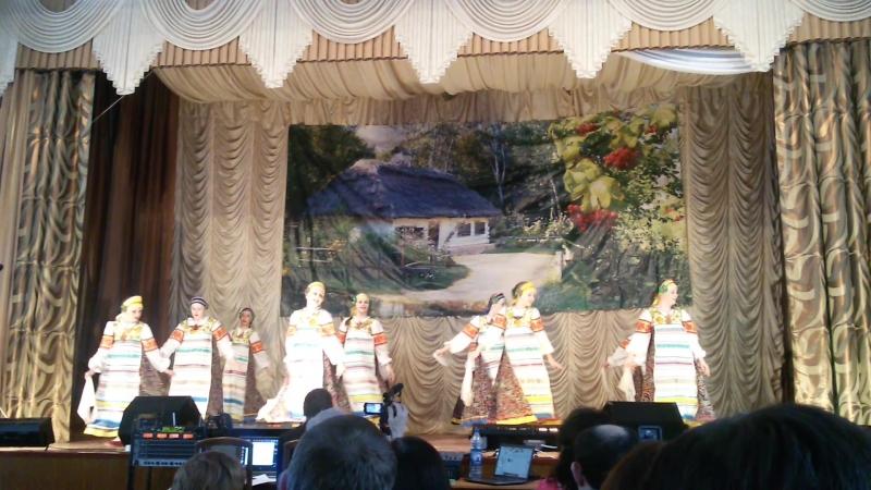 Ансамбль танца Раздолье. Русский народный танец Заплетися, мой плетень!