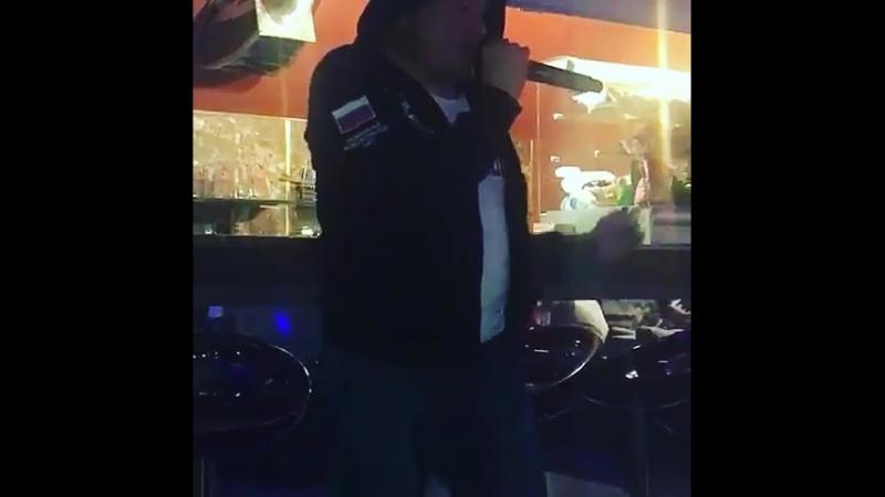 Фееричное выступление Должанского в ночном клубе