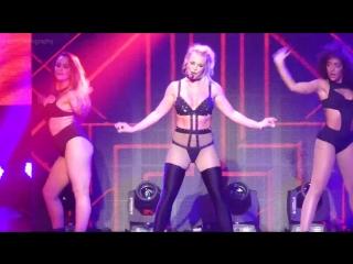 Бритни Спирс (Britney Spears) засветила грудь на концерете в Оксон Хилл, 13/07/2018 (1080p) - Голая? Грудь, соски