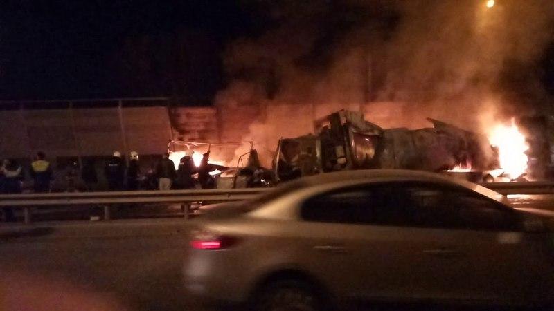 Ужасная Авария на Горьковке, возле Новой Купавны ,горит 3 машины..Скорее всего, есть жертвы..