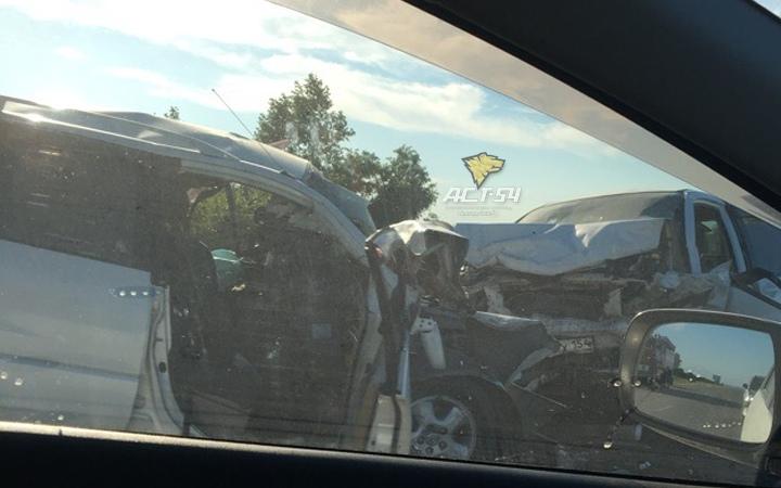 «Тойота» врезалась во встречный автомобиль под Новосибирском:  погибли четыре человека