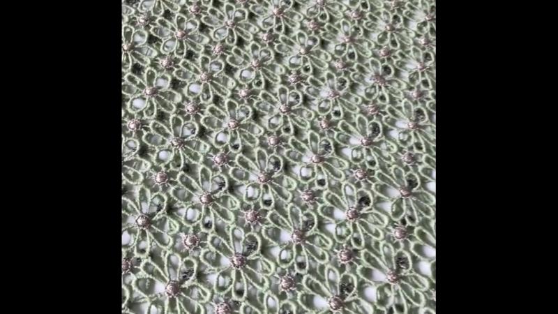 Еще один оттенок нежной зелени в хлопковом кружеве макраме от Valentino.Ширина 110 см,производство Италия 🇮🇹 По всем вопросам об