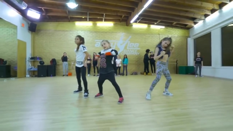 ALDC Brynn, Maesi, Lilly and Eliana - HIP HOP Danza Kuduro