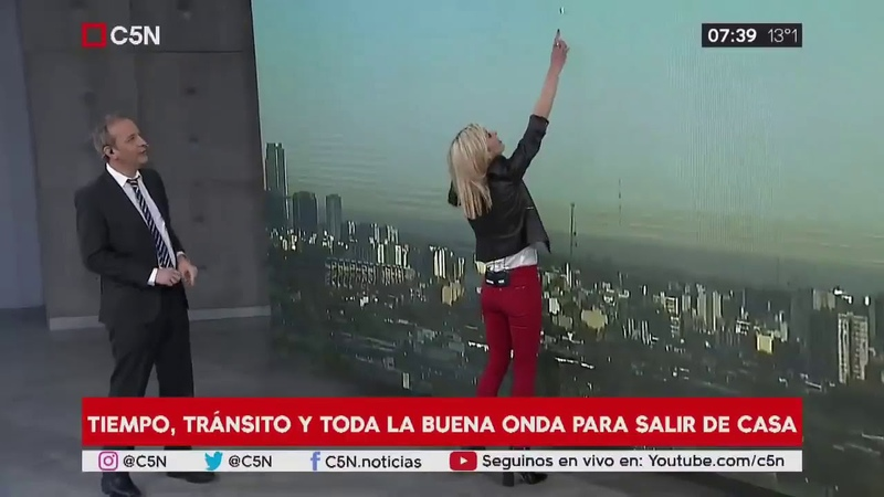 10 13 2018 News Anchors spot fast moving UFO SPHERICAL OVNI over BUENOS AIRES Argentina