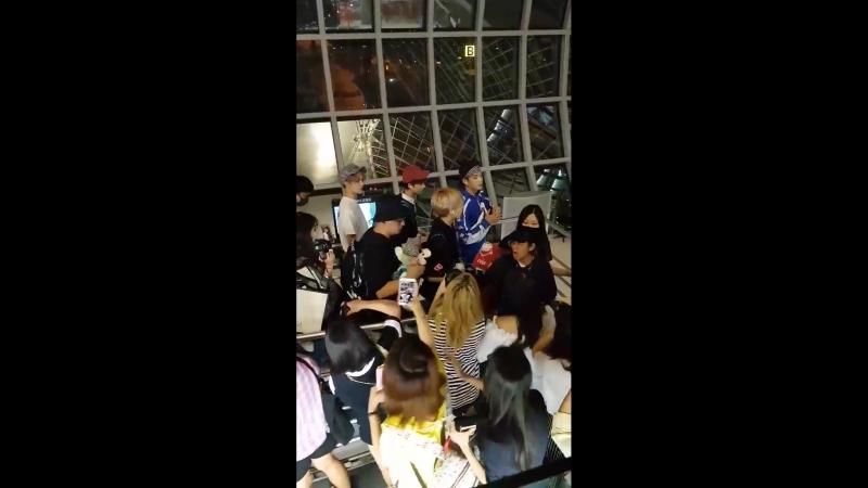 NEX7 в аэропорту Бангкока