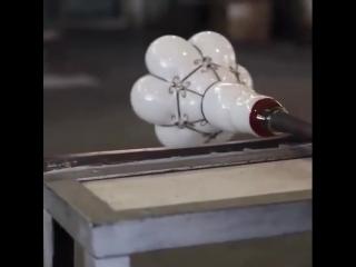 Как создают стеклянные лампы