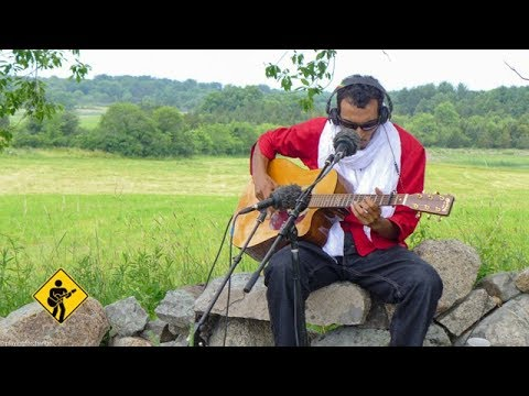 Ahoulaguine Akaline featuring Bombino   Playing For Change   Song Around The World