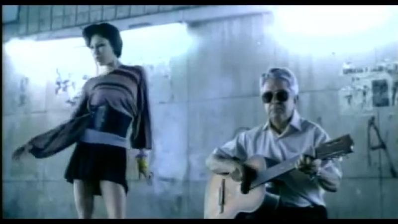 Juanes - La Camisa Negra » Freewka.com - Смотреть онлайн в хорощем качестве