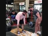 Strength of Body. Главное - не перестараться, когда подбадриваешь друзей на тренировке