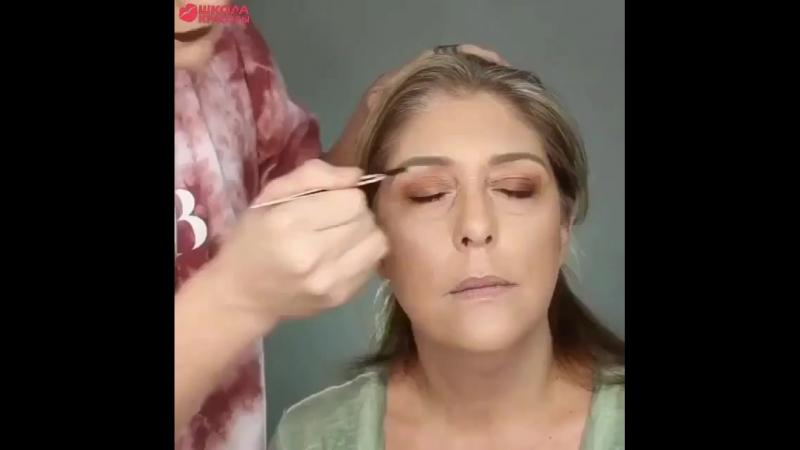 Урок макияжа » Freewka.com - Смотреть онлайн в хорощем качестве