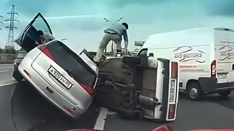 42 Examples of Dangerous Overtaking - Really Stupid Drivers