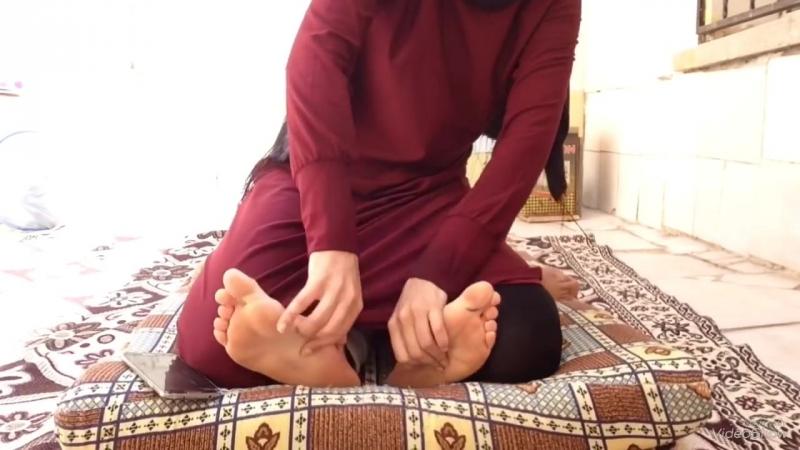Ayak Gıdıklama Challenge Feet Tickling Challenge