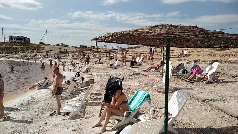 Купание в соленом озере Курорт Соль Илецк