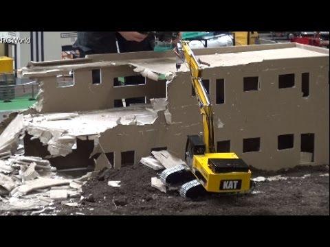 RC Demolition Construction Site Excavator Abrissbagger ♦ Erlebniswelt Modellbau Erfurt 2016
